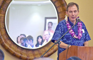 Mark Dunkerly adressing Kauai Chamber of Commerce